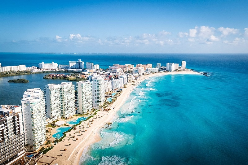 Cancun hookups guide in Mexico