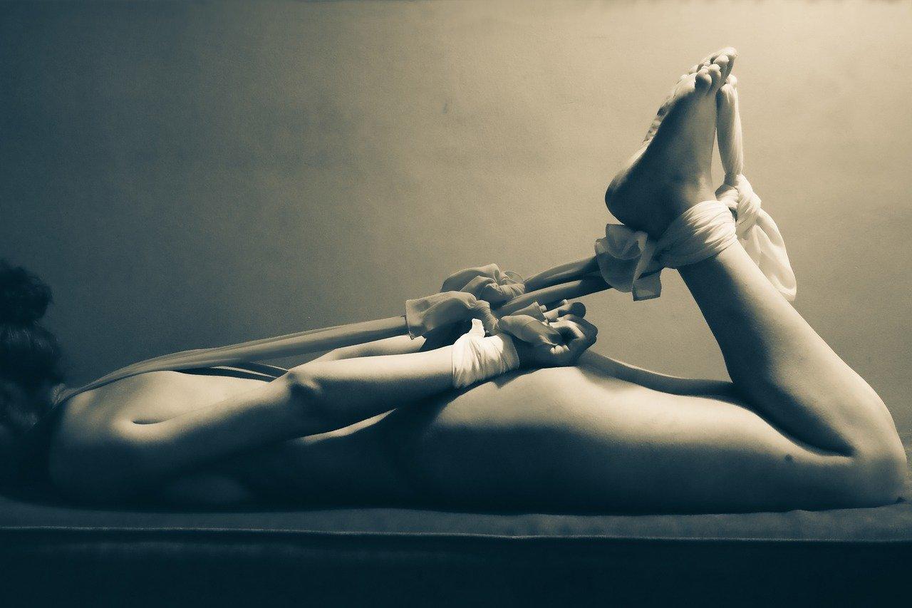 Fetish bondage Chicago submission