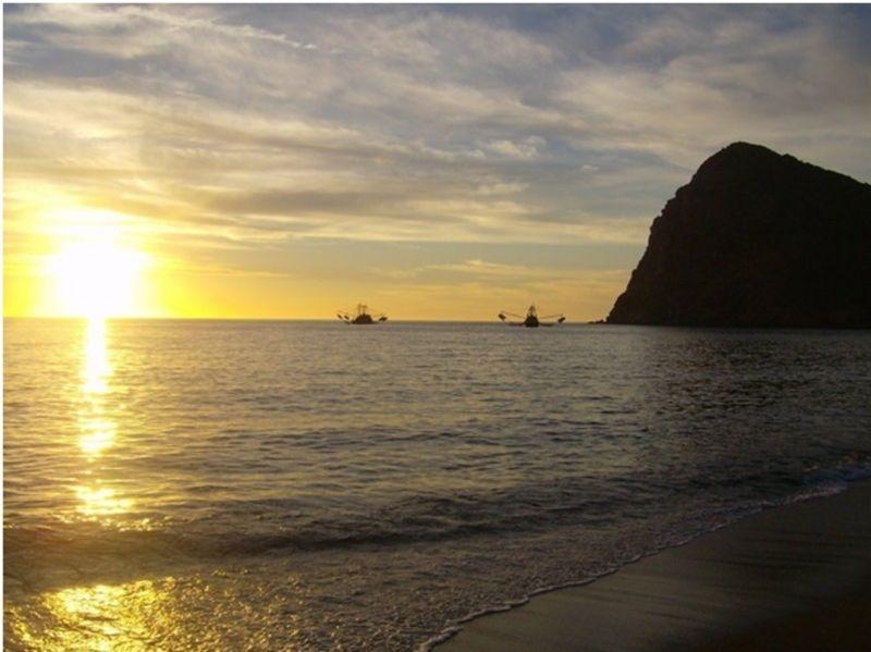 get laid Hermosillo beach