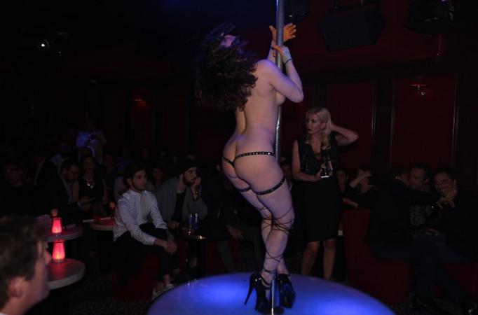 Pink Paradise strip club in Paris