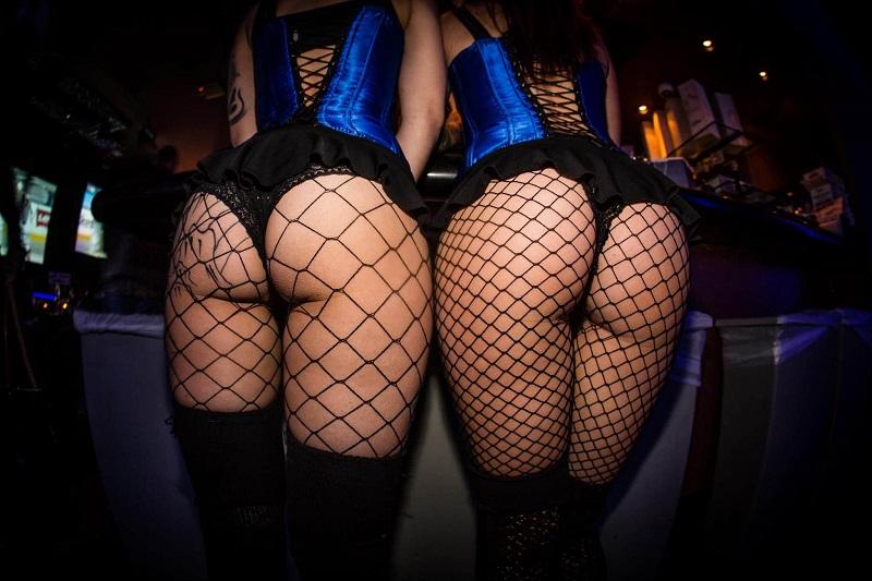 meet girls night Recife strip club