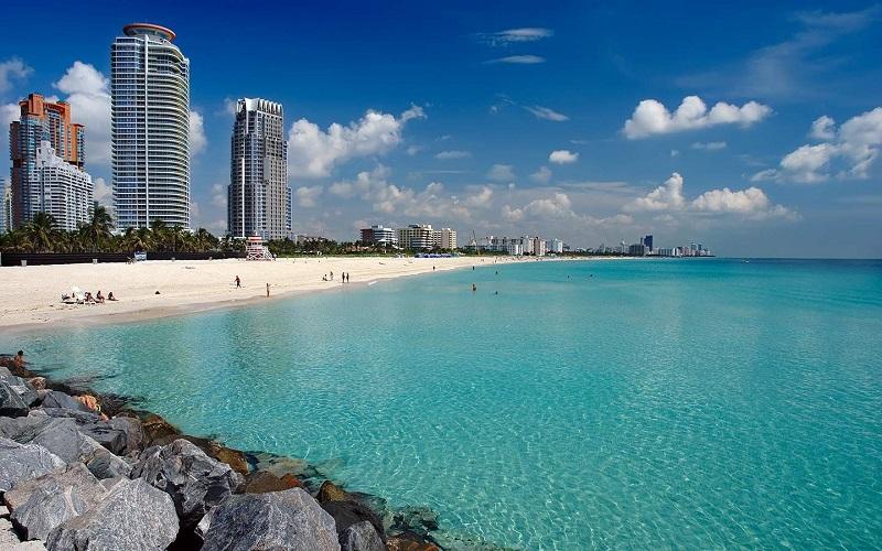 hooking up Miami beach club