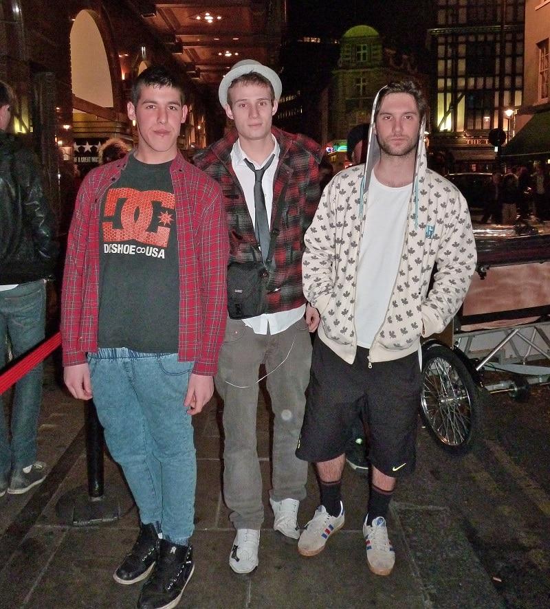 men in london hooking up at night