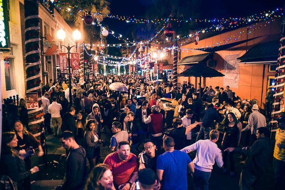meet Florida women singles bars night