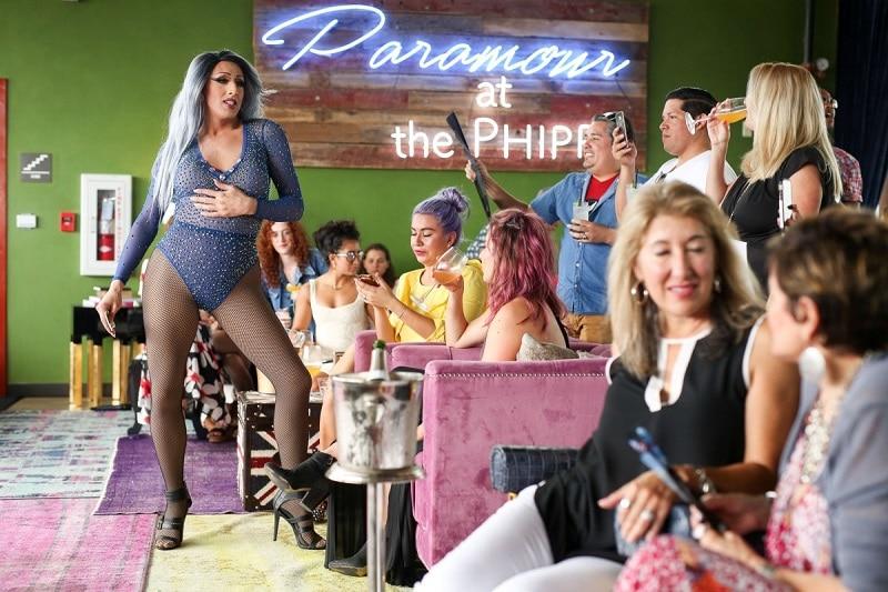 drag show San Antonio bar tranvestite